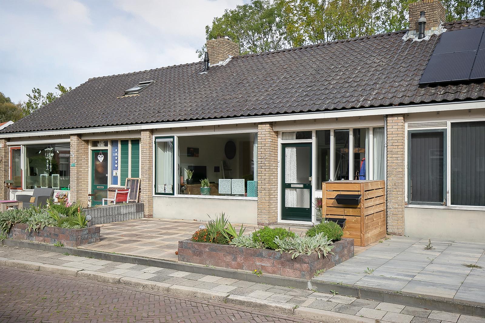 willem-westrastrjitte-3-arum-595